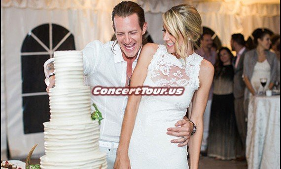 Tyler Hubbard of Florida Georgia Line Gets Married To Hayley Stommel. Here they are cutting the cake!