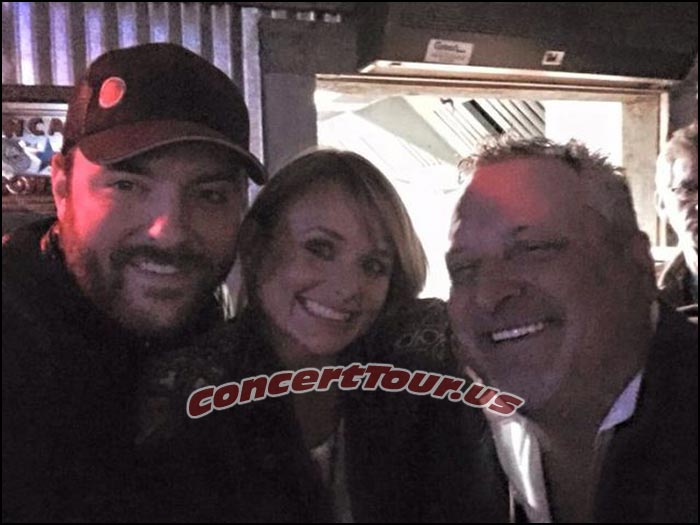 Chris Young and Miranda Lambert caught in a photo together in the beginning of the year.