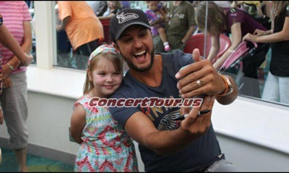 LUKE BRYAN Having a Blast Making Kids Smile at the Children's Healthcare Center of Atlanta