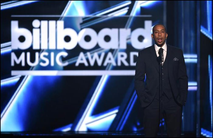 We think that Ludacris did an awesome job at co-hosting the 2016 Billboard Music Awards Show.