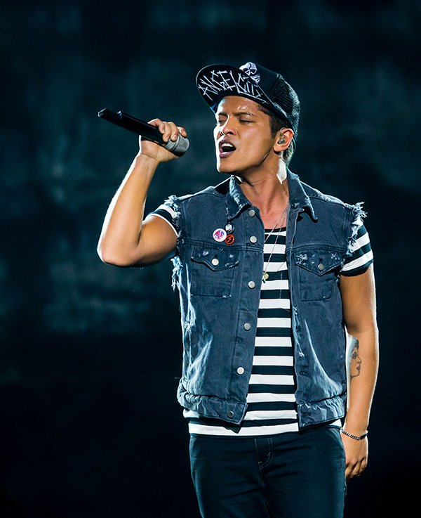 Fan of Bruno Mars? Check out his new video 'Versace on the Floor' below!