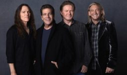 Although DON HENLEY already said that The Eagles will not continue after the passing of Glenn Frey, here they are ready to perform again. RIP Glenn Frey.